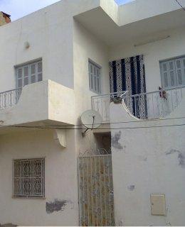 شقة ساحلية  في المنستير