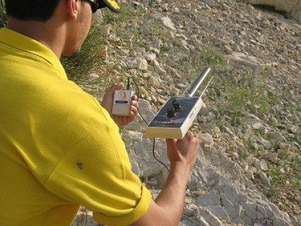 اجهزة كشف الذهب الحديثة2014 تقدمها لكم شركة FTGالت