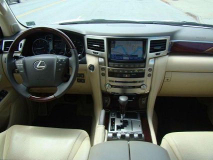 صور $2013 Lexus Lx 570 Full Option ( GCC SPECS ) 3