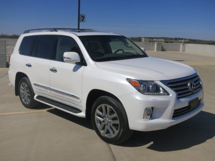 صور I want to sell my neatly used 2013 Lexus LX 570 V8 1