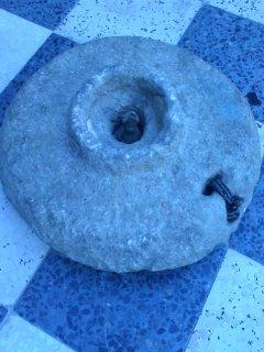 رحى حجري