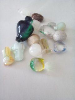 بيع  الأحجار الكريمة 13 gems